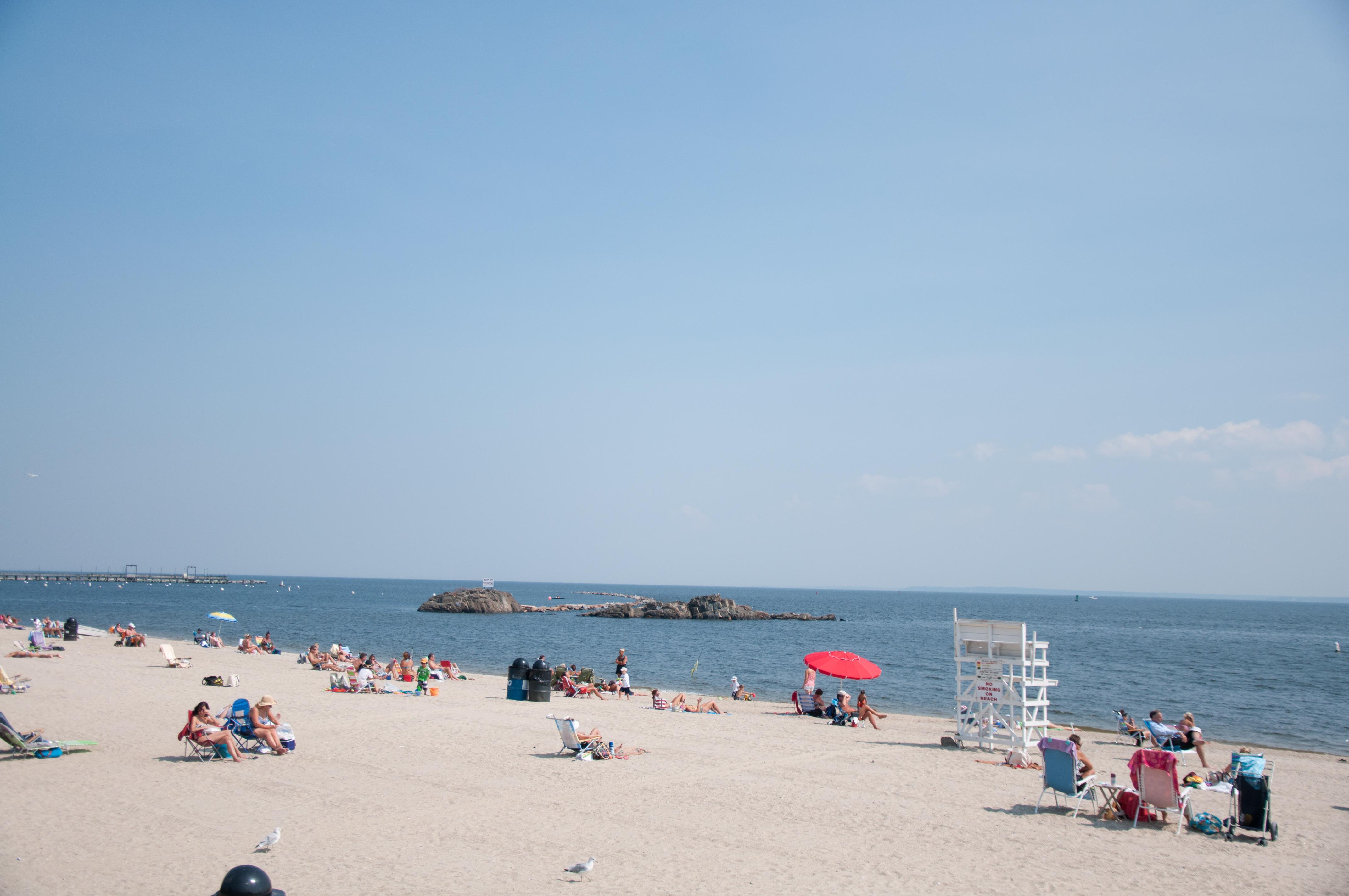 rye beach Pictures of rye beach in rye new york formerly oakland beach.